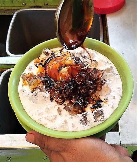menikmati segarnya kolak durian medan kuliner populer