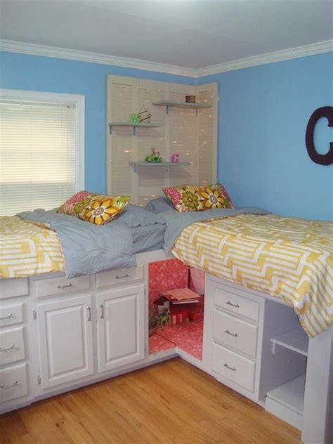 best way to arrange a bedroom 25 diy best ways to organize kids room hidden storage