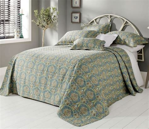 king size bed spread forever england kew bedspread super king size unavailable
