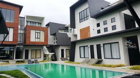 airbnb private villas  pool  port dickson lot