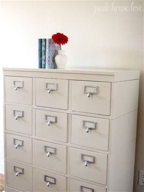 Paint Metal File Cabinet by 1000 Ideas About Painting Metal Cabinets On
