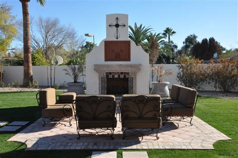 Spanish Style Home Decorating Ideas outdoor fireplace w seating area