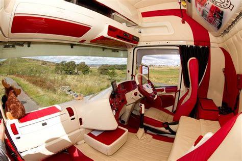 Custom Truck Interiors Uk by Biglorryblog Visits Another World The World Of Custom