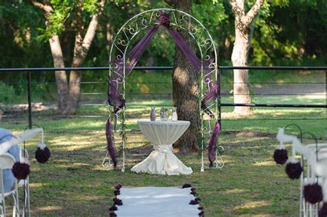 17 Best ideas about Metal Wedding Arch on Pinterest