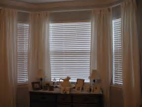Window Curtain Ideas by Interior Bay Window Treatment Ideas For Living Room Home