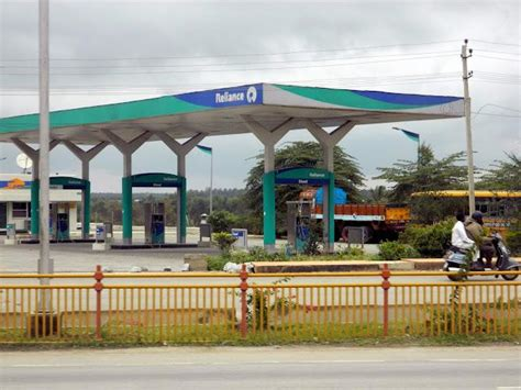 petrol stations open reliance to re open all fuel filling stations by 2016