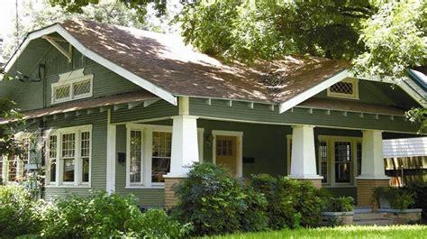 exterior paint colors bungalow houses trends 2018 2019