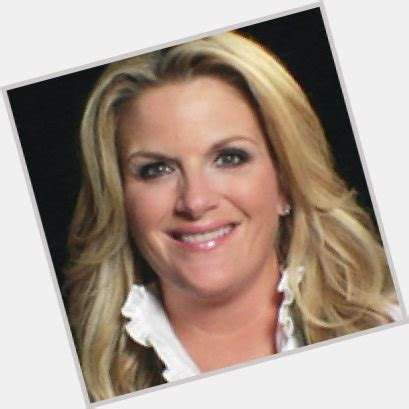 trisha yearwood shaggy hairstyle trisha yearwood official site for woman crush wednesday wcw