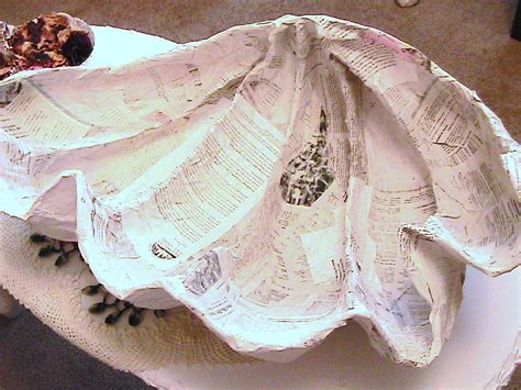 How To Make Paper Shells - katty s cosy cove a clam sea shell