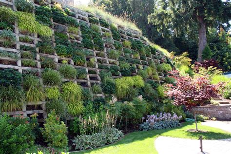 Fantastic Wood Retaining Wall Design Decorating Ideas Garden Wall Ideas