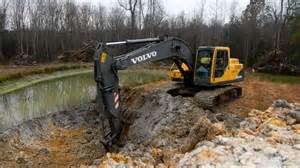 210 Volvo Excavator Volvo 210 Excavator Extending Pond