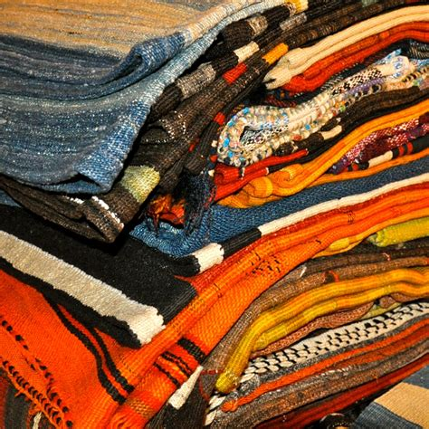 kelim berlin kiran teppiche im stilwerk berlin creme guides