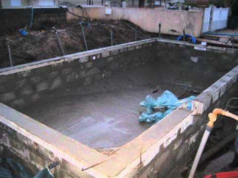 Faire Construire Une Piscine 1232 by Construction Piscine Wmv