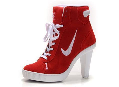 high heeled high tops nike dunk hi top block heels for womens black white dunk