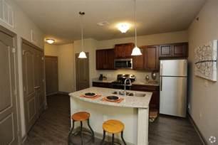 1 bedroom apartments in kansas city mo brighton creek apartments rentals kansas city mo