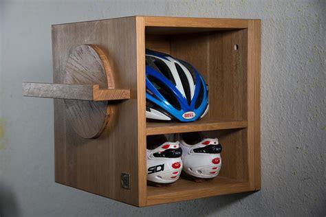 fahrrad wandhalterung holz rad atelier fahrrad wandhalter quot rad wippe quot ein kunstwerk