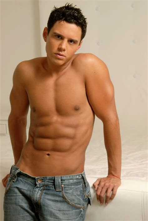 libro hombres desnudos alejandro chaban the most handsome hunk from venezuela hispanic male celebrity