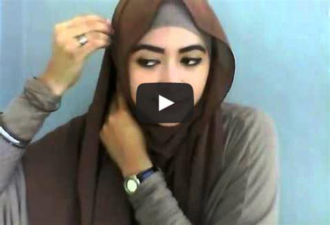 tutorial hijab segi empat ala natasha video tutorial memakai hijab ala natasha farani