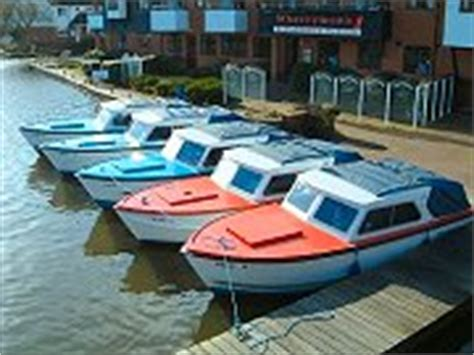 fishing boat hire norwich riverside holiday cottages in wroxham norfolk broads
