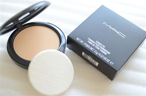 Mac Studio Fix Powder Foundation mac studio fix powder plus foundation review makeup