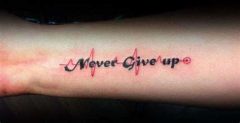 tattoo never give up latin tatuaggi scritte uomo foto 19 39 qnm