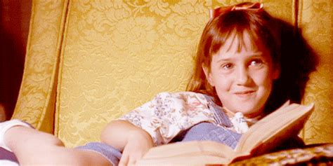 Preteen Model Gif | 7 reasons child stars go crazy by the girl who played