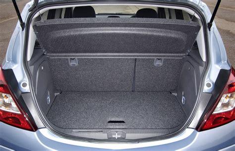 vauxhall corsa hatchback   features equipment