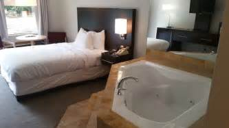 2 bedroom suites in branson mo book fall creek inn suites in branson hotels com