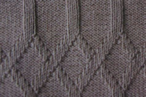 purl stitch knit interlinked diamonds knit and purl stitch knitting kingdom