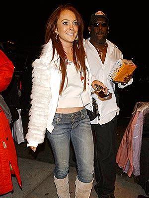 Lindsay Shoots Kfed by Tracks Dec 3 2004 City
