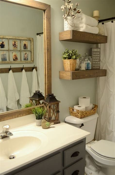 Decorating Ideas For Small Bathrooms by Best 25 Brown Bathroom Decor Ideas On Brown