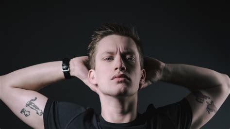 review daniel sloss isnt  sociopath