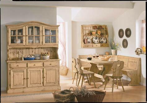 arredamenti rustici in pino 17 migliori idee su tavoli in legno rustico su
