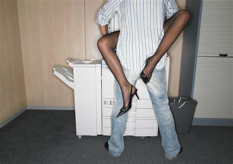 segretarie sotto la scrivania trabajo la fantas 237 a de la fotocopiadora sigue vigente
