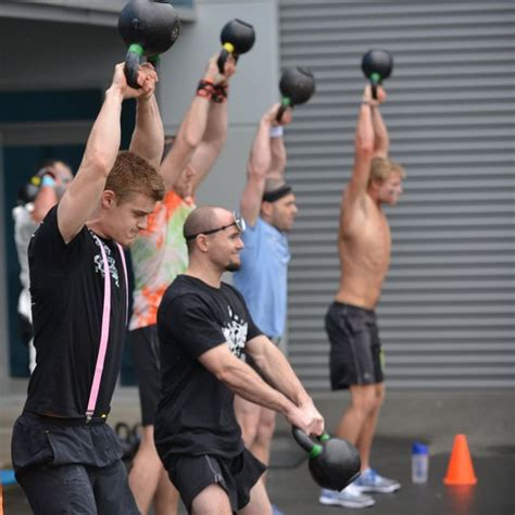 crossfit kettlebell swing crossfit auckland class heroes crossfit auckland