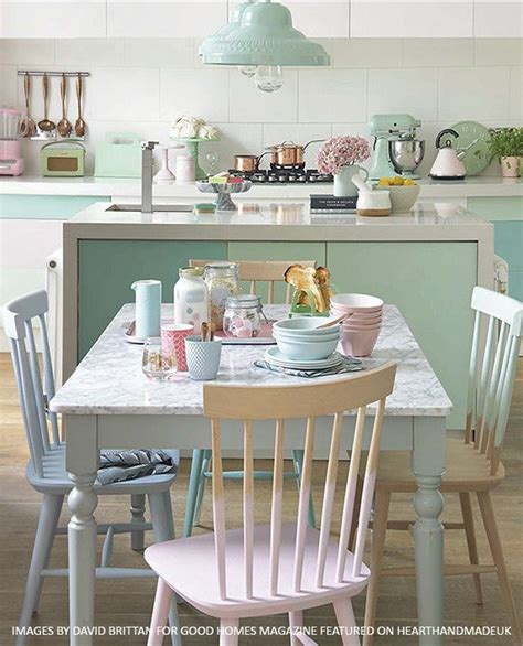 pastel kitchen best 25 pastel kitchen ideas on pinterest pastel