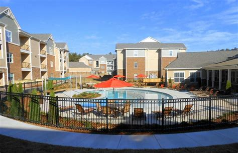 Apartments In Rock Ar Near Chenal Pin By Chenal Pointe At The Divide On Luxury Apartments In
