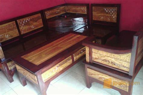 Kursi Kayu Di Malang kursi sudut kayu jati malang jualo
