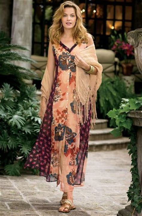 haircuts for woman over 40 with earthy boho style how to dress bohemian after 40 boho over 40 spring 2016