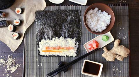 come cucinare il sushi ricette sushi come fare in casa riso sushi roll e nigiri