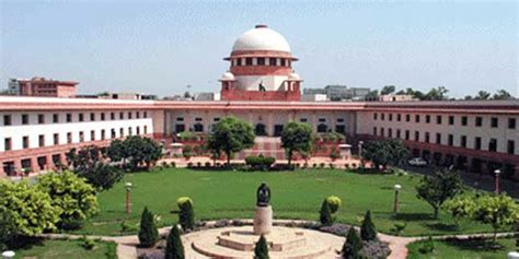mapping  evolution  indias powerful supreme court
