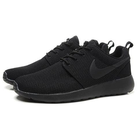 all black nike running shoes womens nike roshe run splatter pack running shoes all black