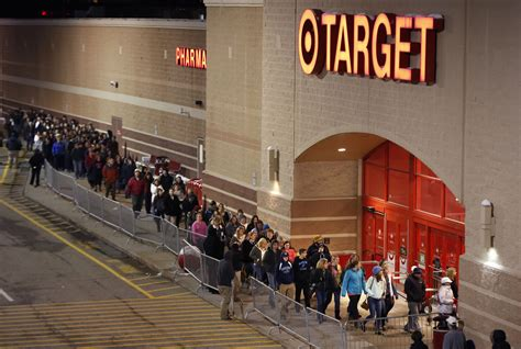 what is best stores on black friday get christmas decrerctions target thanksgiving and black friday hours 2017 money