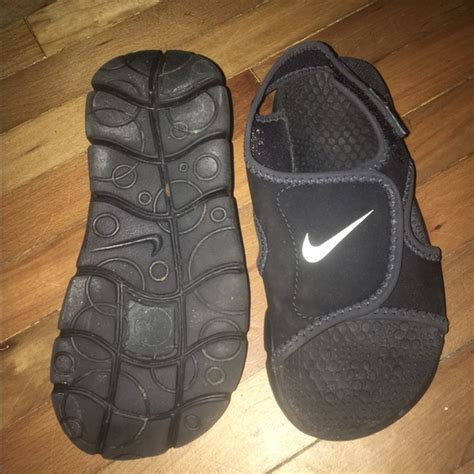 boys sandals size 13 57 nike other nike boys unisex velcro sandals
