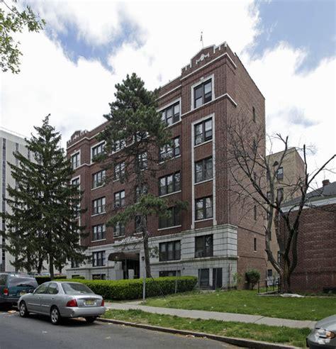 Apartment For Rent In Square Nj 64 Union Ave Irvington Nj 07111 Rentals Irvington Nj