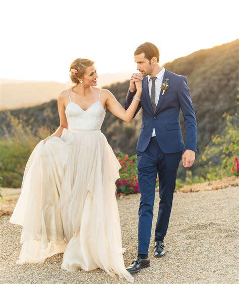 Wedding Photo Inspiration by Glam Labor Day Weekend Wedding Inspiration Green Wedding