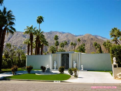 Good Home Interiors by Liberace S Third Palm Springs House Iamnotastalker
