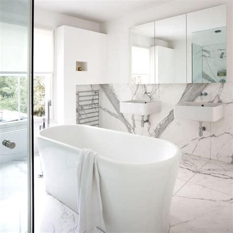 Marmor Badezimmer by Marmor Fliesen In Ihrem Badezimmer
