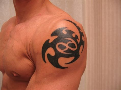 round shoulder tattoo designs 165 shoulder tattoos to die for
