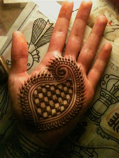 manly henna tattoos 37 best manly henna images on henna tattoos